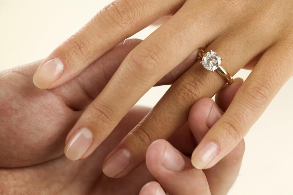 esküvő_jegygyűrű_központi kép