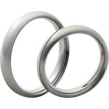 esküvő_platina jegygyűrű