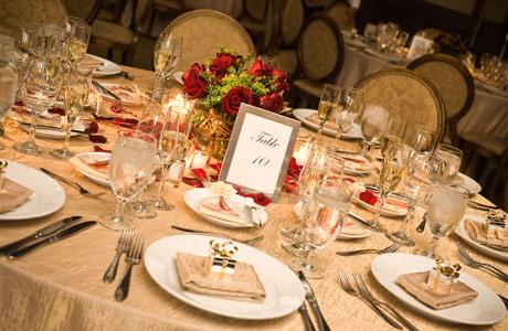 esküvői asztal_esküvői ajándék