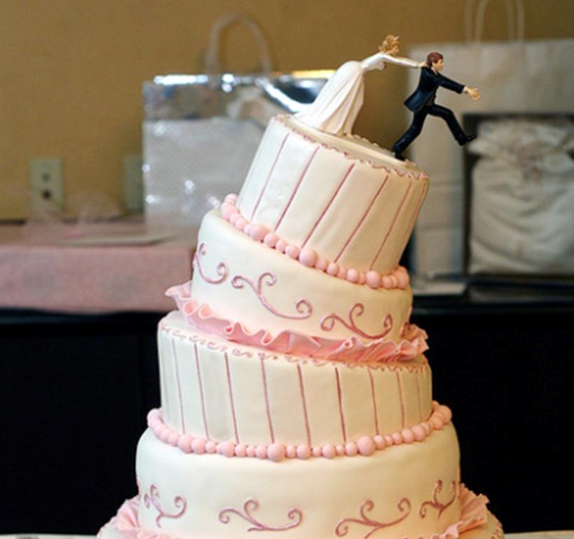 dbe5921f88 Ferde torta – Ne ez jusson eszébe mindenkinek az esküvőtökről ...