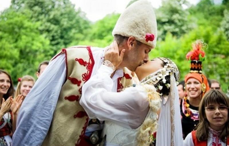 népi esküvő 2
