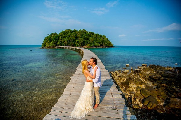 Boho-Island-Wedding-in-Cambodia-22-of-35-600x400
