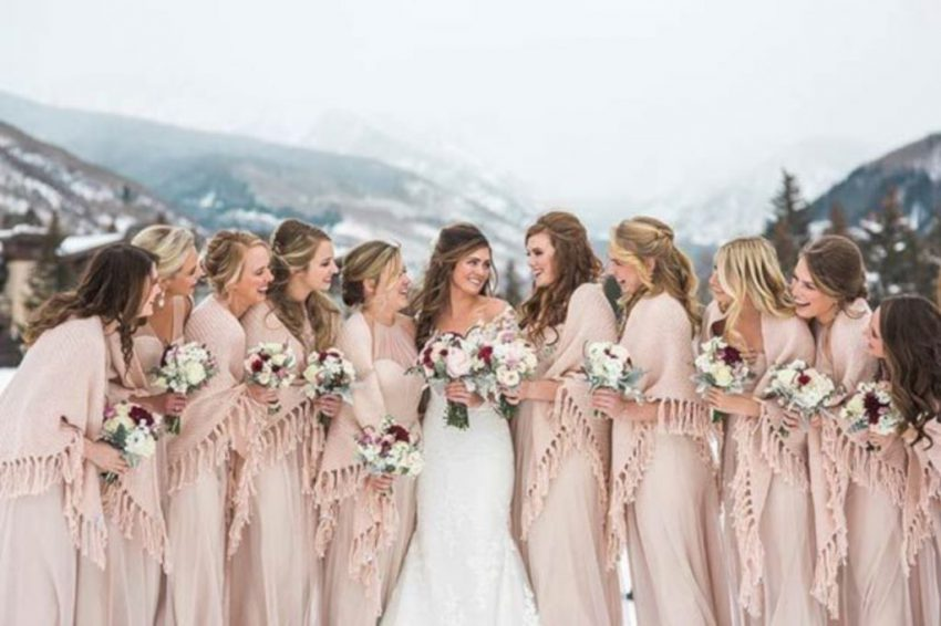 Stunning-Bridesmaid-Winter-Wedding-Styles-Ideas-32