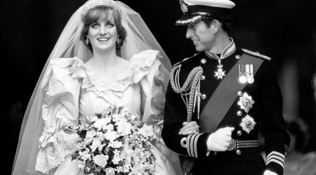 9-photos-of-princess-diana-and-prince-charles-wedding-on-july-29-1981-136399505154903901-150729140054