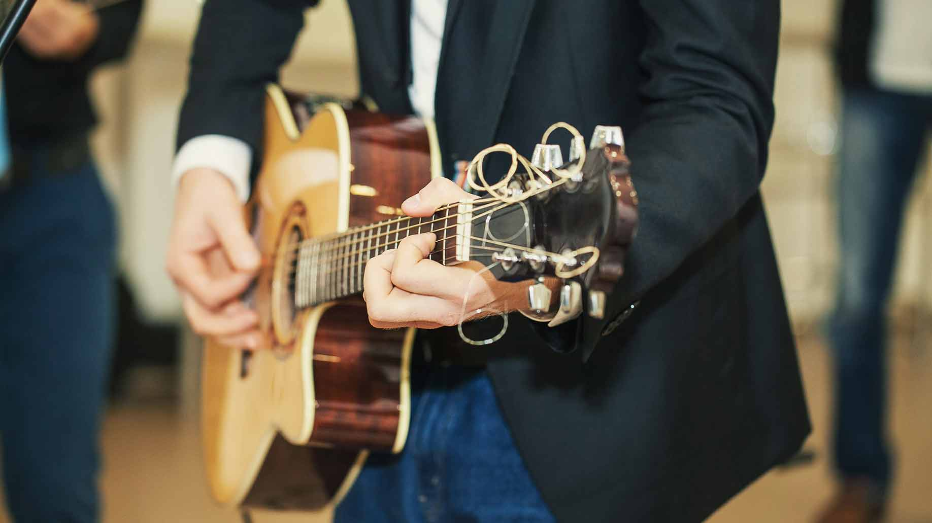 wedding-music-guitar-band