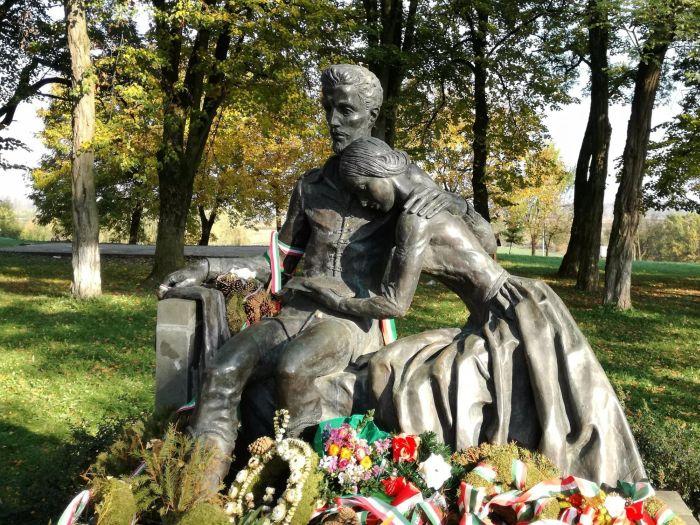 Petőfi-Sándor-és-Szendrey-Júlia
